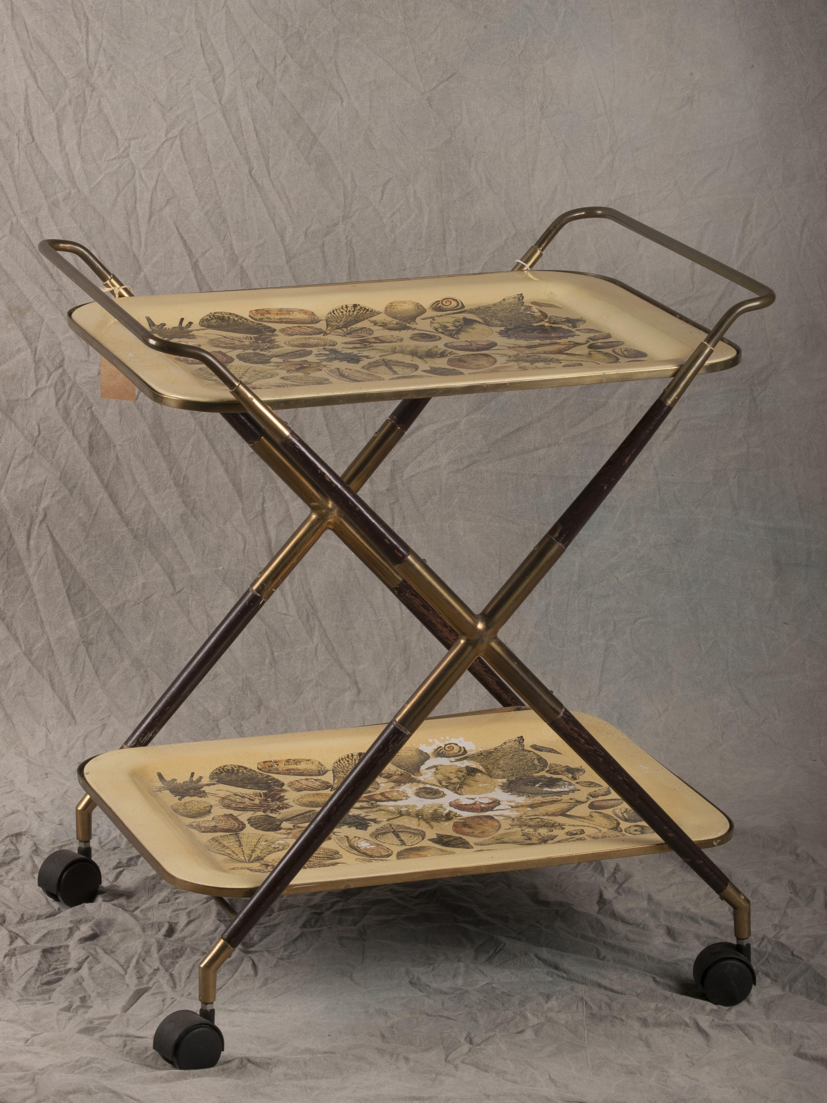 Carrello fornasetti con decorazione a conchiglie de - Fornasetti mobili ...