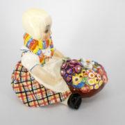Ceramica Bambina piccola fioraia Torino Essevi Sandro Vacchetti