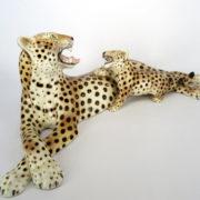 900_ceramica_statuina_Ronzan_leopardo_mamma_cucciolo_manifattura_ceramic